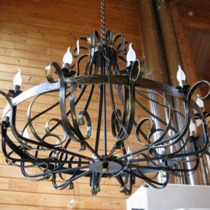 Кованые люстры, светильники Кованая люстра на цепочке Арт. ЛЮ-003 Norkovka