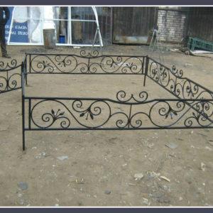 Кованые оградки Ритуальная кованая ограда на могилку Арт 7 Norkovka